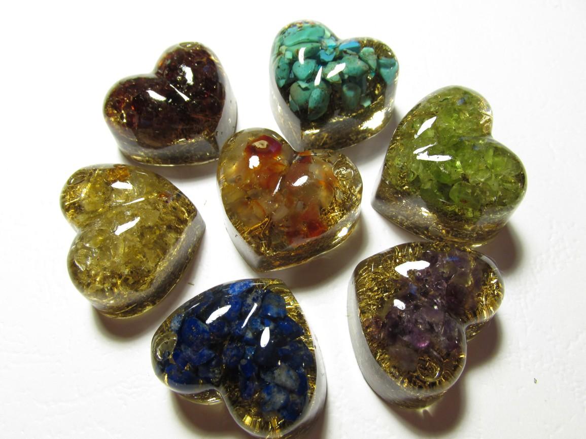 Čakrové srdce 1 ks - lápis lazuli / sodalit