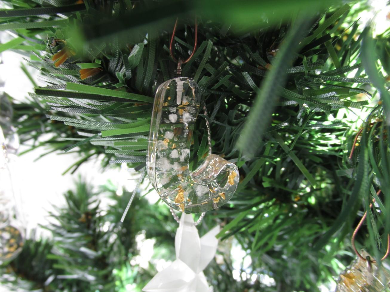 Orgonitová vánoční ozdoba s 24kt zlatem - hůlka (Velikost ozdoby 30x20x10 mm)