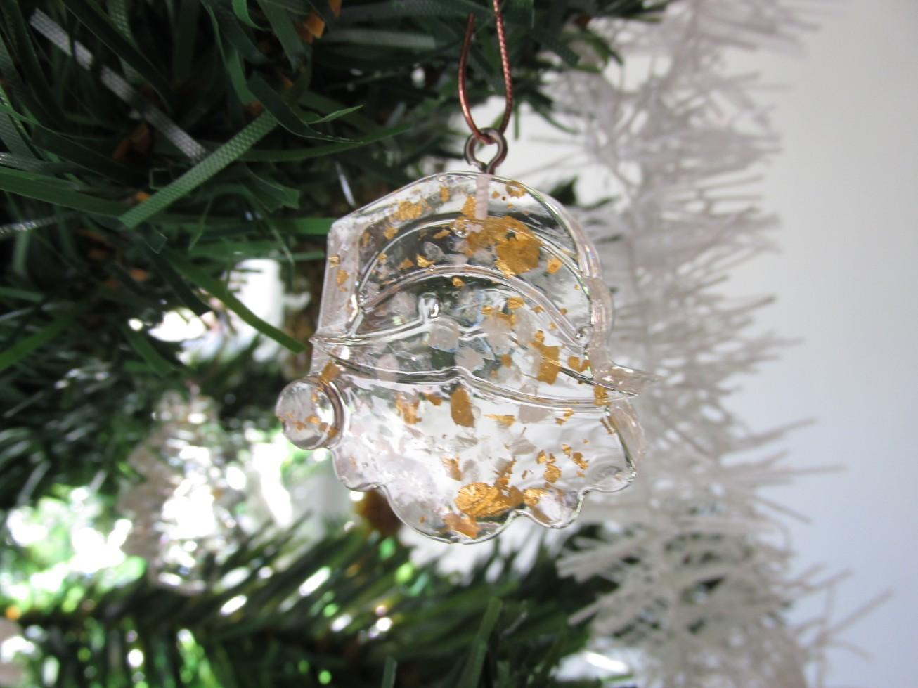 Orgonit vánoční ozdoba s 24kt zlatem - Mikuláš (Velikost ozdoby 35x35x10 mm)