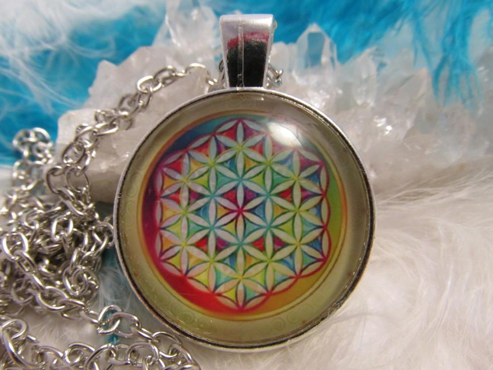 Přívěsek Květ života + orgonitová minipyramidka jako dárek