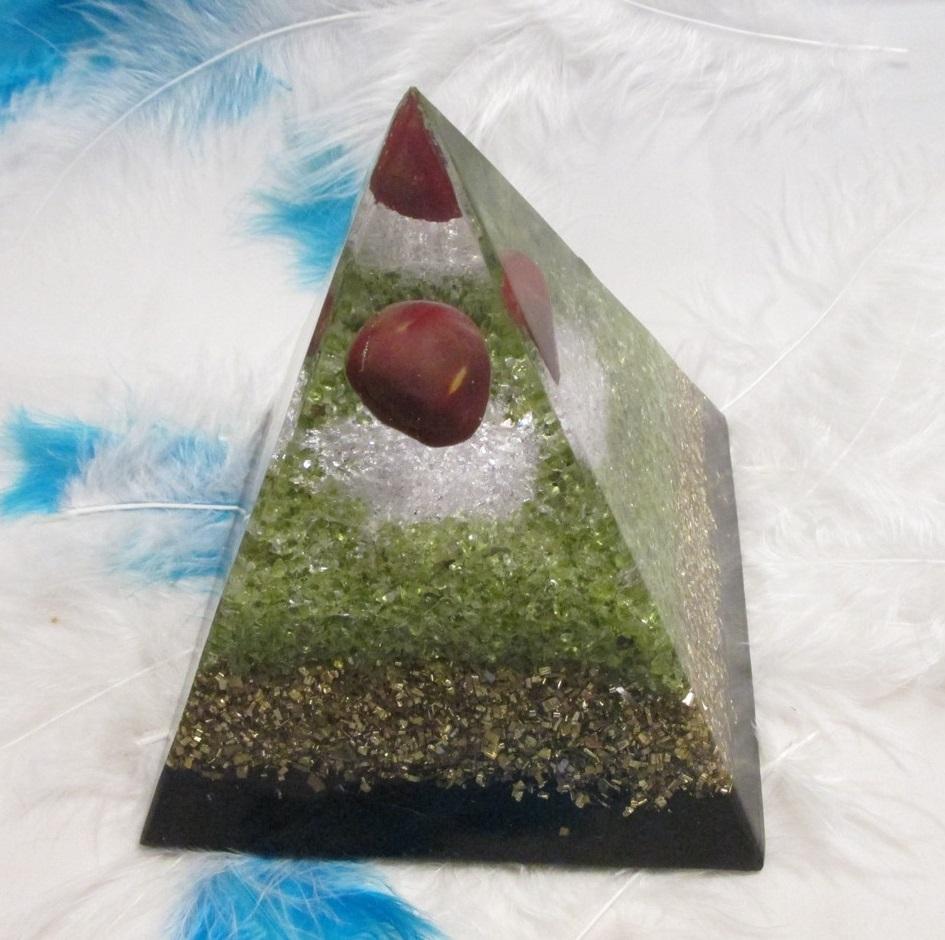 Orgonit Pomocník při chřipce a zánětu dutin XXL (10x10cm) dosah cca 10 metrů (orgonit, šungit, jaspis mookait, olivín)